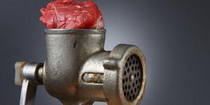 Выбираем мясорубку: электро или механика